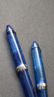 Lorelei vs. Sailor Procolor 500_Blue Demonstrators_Comparison Review_Duel of fates - 11