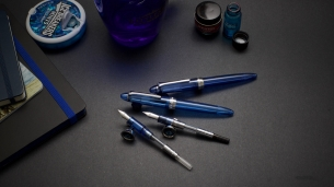 Lorelei vs. Sailor Procolor 500_Blue Demonstrators_Comparison Review_Duel of fates - 2
