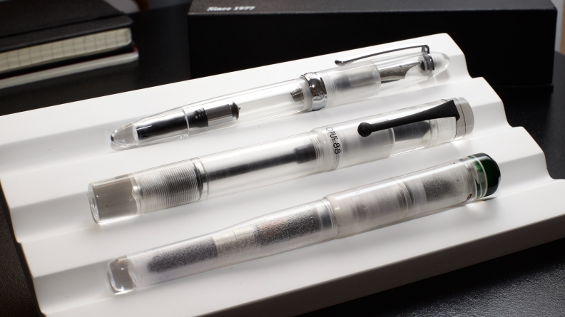 Opus_88_Koloro_Demonstrator_Review_An_Authentic_Eyedropper_made_in_Taiwan_Clear_Acrylic - 15